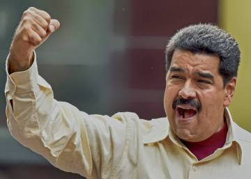 Venezuela's Supreme Court throws up new obstacles to Maduro ouster