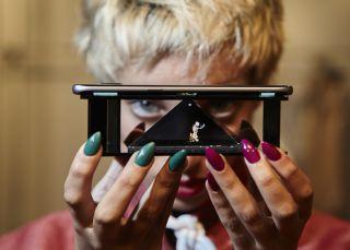 Los hologramas de Abrahamsson toman el Samsung Ego de Cibeles