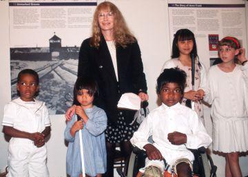 Fallece uno de los hijos de Mia Farrow