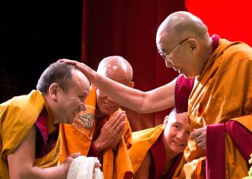 Francia oculta al Dalai Lama por miedo a Pekín