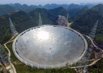 El radiotelescopio más grande del mundo empieza a funcionar en China