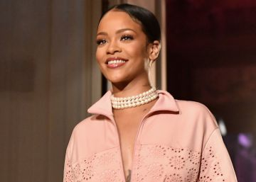 Si María Antonieta viviera, vestiría de Rihanna