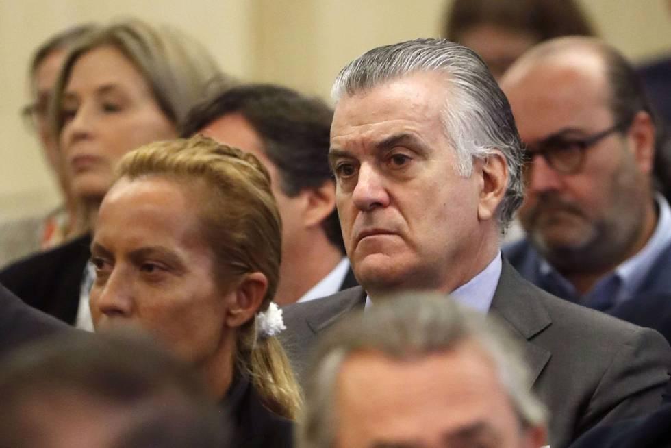 El extesorero del PP, Luis Bárcenas, es uno de los acusados en el primer juicio por el 'caso Gürtel'.
