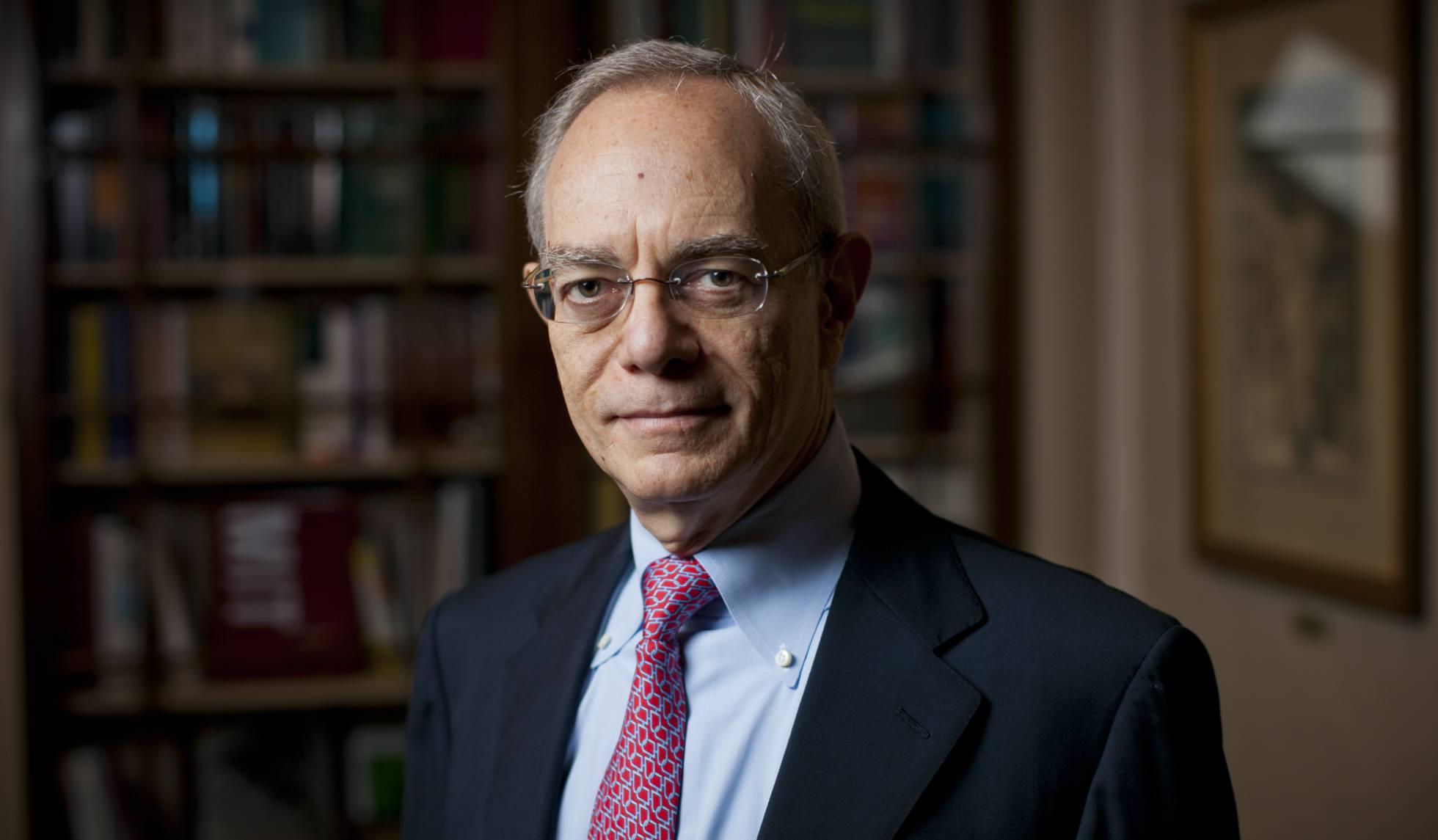 Rafael Reif, reitor do MIT.