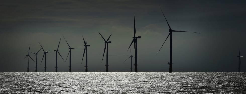 Parque eólico al norte de la isla alemana de Heligoland.