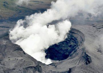 Erupción explosiva del volcán Aso de Japón