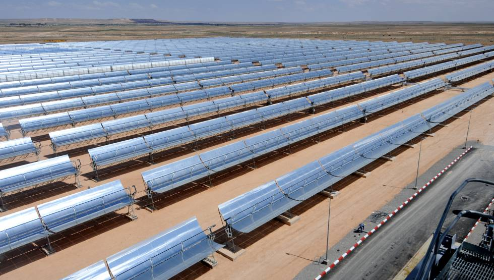 Central termosolar de ciclo combinados en Ain Beni Mathar (Marruecos).