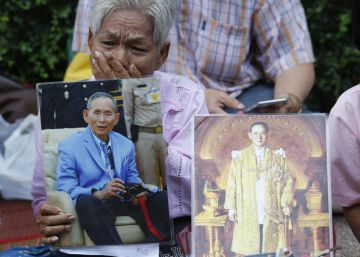 Vigilias en Tailandia por la salud del anciano rey