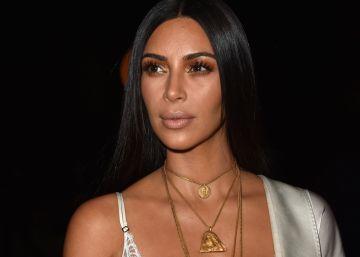 Kim Kardashian demanda a quien la acusa de inventarse el robo