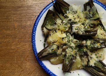Patatas y alcachofas con limón y pecorino