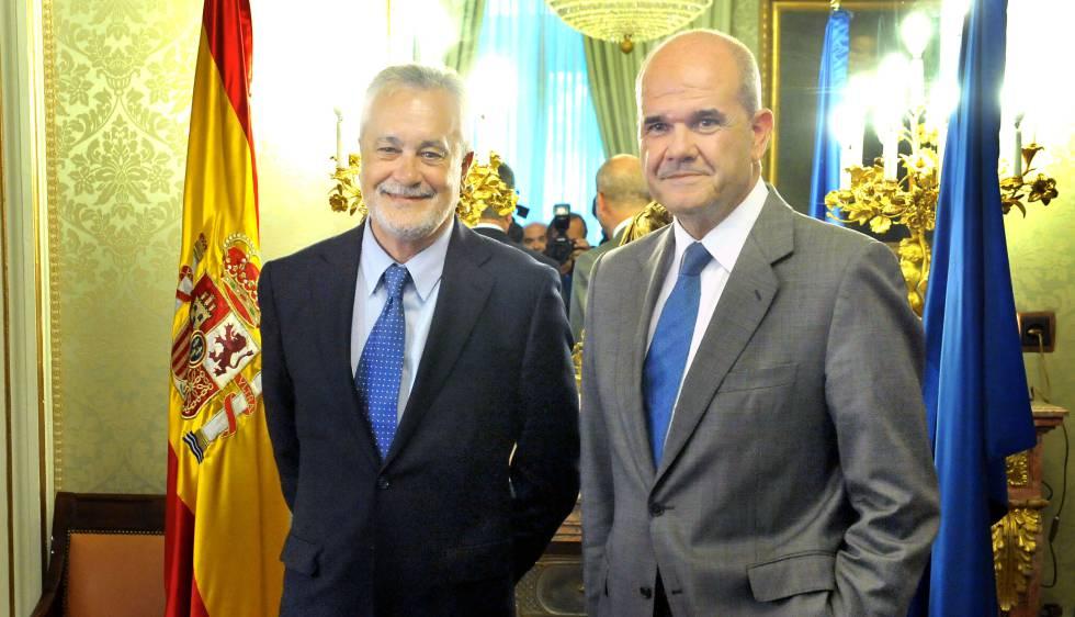 José Antonio Griñán (izquierda) y Manuel Chaves, en una imagen de 2011.