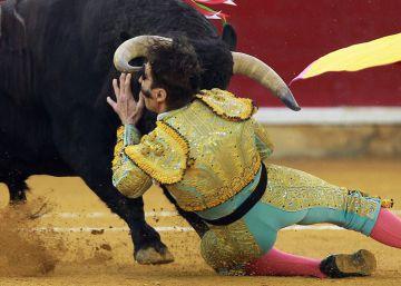Cogida de Padilla en la feria de Zaragoza