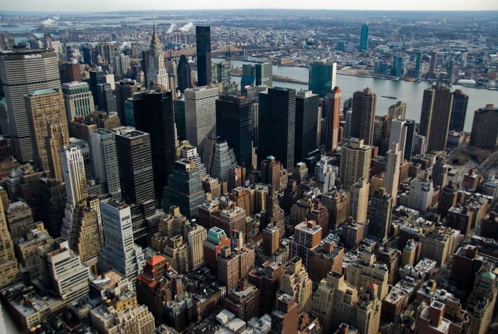 Manhattan desde el Empire State Building. Foto de Patrick Theiner (Licencia CC-BY-SA 3.0).