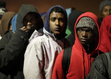 El desalojo de Calais, en imágenes