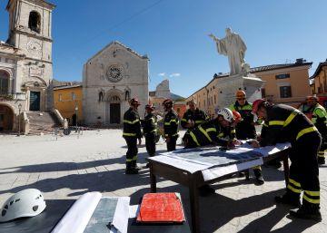 El seísmo que ha sacudido el centro de Italia, en imágenes