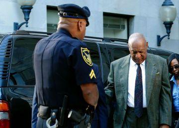Bill Cosby, un paso más cerca del banquillo