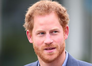 Príncipe Harry protesta contra assédio virtual à sua namorada