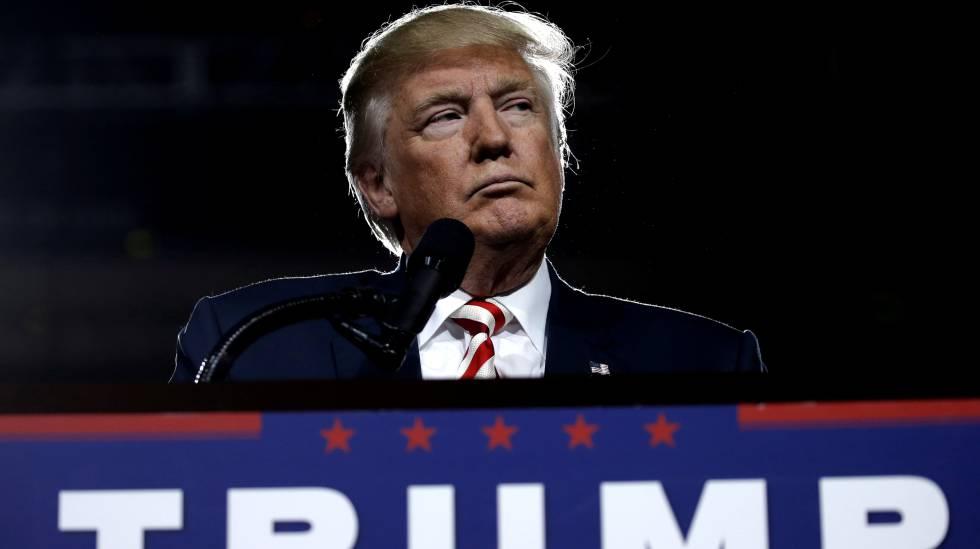 Donald Trump durante un acto de campaña en Prescott Valley, Arizona.