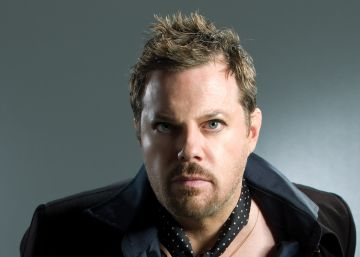 "Eddie Izzard: ""We have to put more hope in the world than despair"""