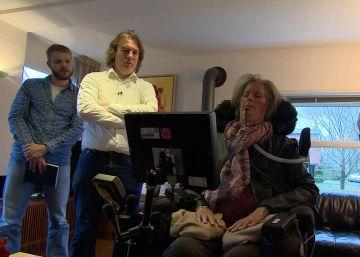 Un implante cerebral lee el pensamiento de una mujer totalmente paralizada