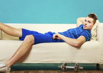 Tirarse en el sofá y otras 7 cosas que hace mal después del gimnasio