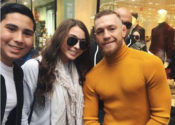 Conor McGregor humilla a una fan y ella le devuelve el golpe