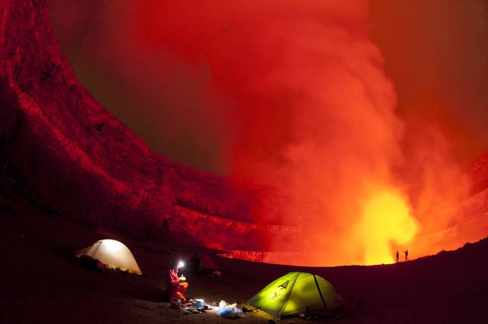 Lago de lava del volcán Nyiragongo, en la región del Kivu (RDC).
