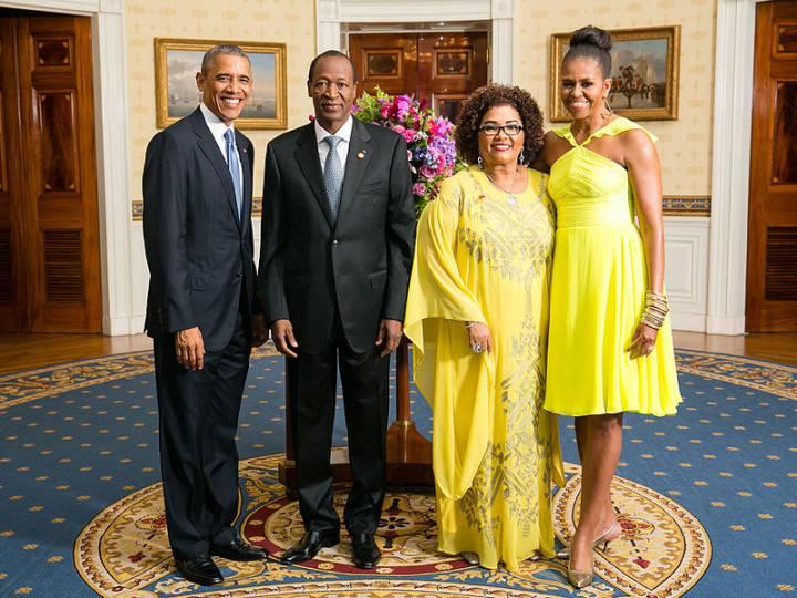 Blaise Compaoré y su mujer, recibidos por Barack y Michelle Obama en la Casa Blanca