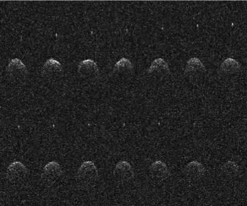Imagen de Didymos con su luna tomada en 2003 desde Arecibo.