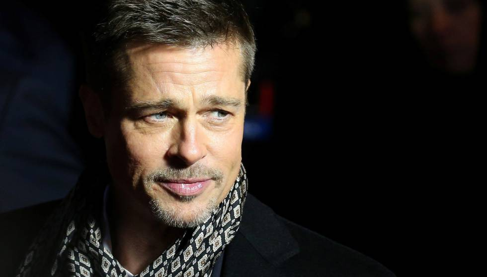 Brad Pitt contempla la vida, el cielo y la existencia con Stephen Colbert