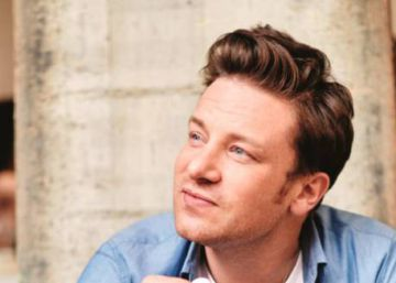 """""""It does taste better"""" – Jamie Oliver unrepentant over 'paellagate' row"""