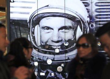 """""""¿Cree usted que enviar a mujeres al espacio es una buena idea?"""""""