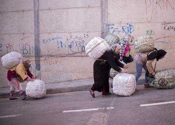 La dureza del negocio del bulto en Ceuta