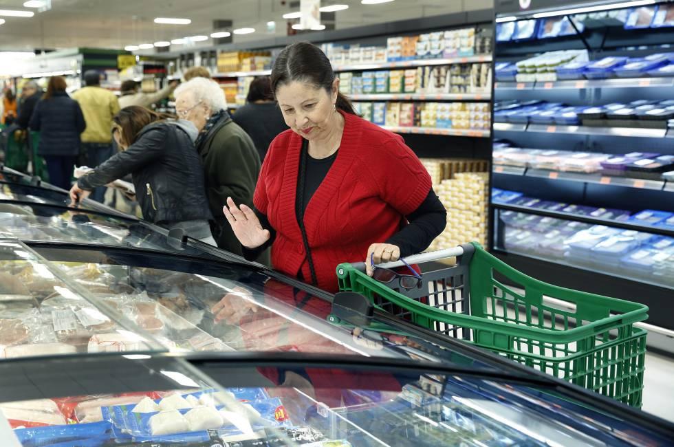 Clientes en un supermercado.