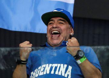 Ira en la Red por una foto de Maradona de caza
