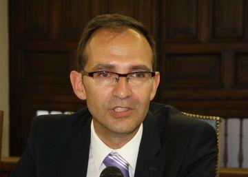 Hacienda investigará los 'taxis' de 650 euros del director de la FECYT