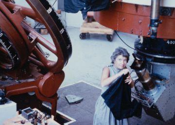 Muere Vera Rubin, la mujer que aportó la primera prueba de materia oscura