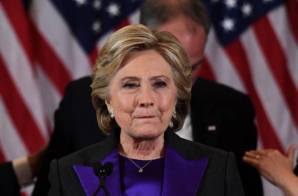 Hillary Clinton da un discurso después de su derrota en las elecciones a la presidencia de EE UUrn   rn rn