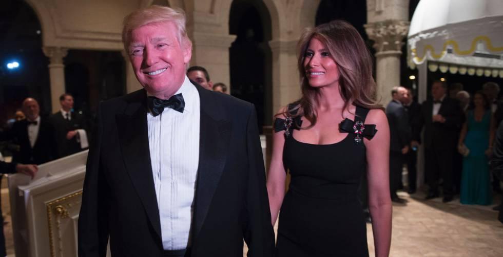 Donald Trump y Melania Trump en la fiesta de Nochevieja en Palm Beach.