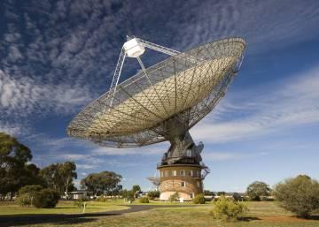 Resultado de imagen de Localizadas las misteriosas señales de fuera de la Galaxia