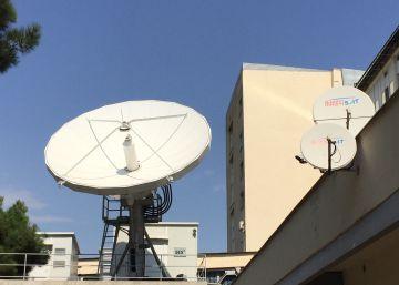 ¿Por qué las antenas parabólicas son parabólicas?
