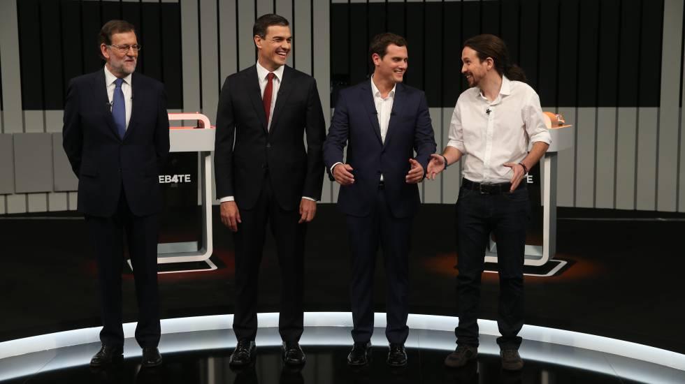 Mariano Rajoy, Pedro Sánchez, Albert Rivera y Pablo Iglesias momentos antes de iniciar el debate a cuatro de la campaña electoral.