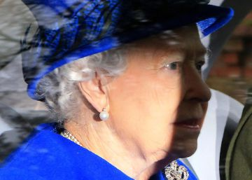 """La reina Isabel II reaparece tras su """"fuerte resfriado"""" de Navidad"""