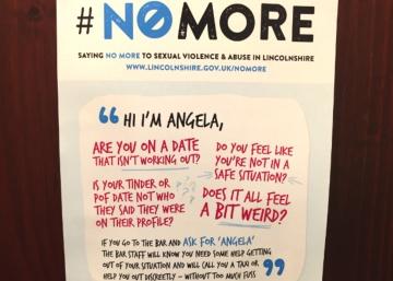 El cartel que las inglesas encuentran en el baño de sus bares (y, por desgracia, querríamos en los nuestros)