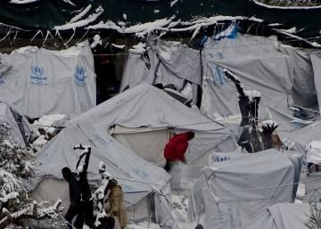 La ola de frío polar en Europa agrava el drama migratorio