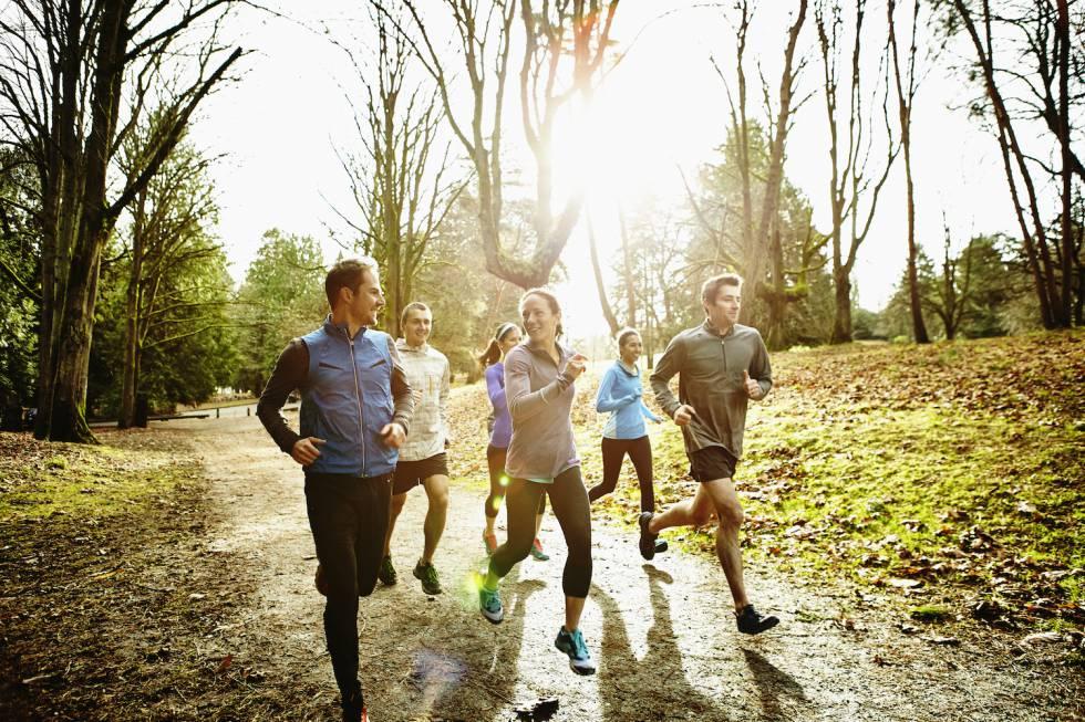 Treinar só nos fins de semana é tão saudável quanto malhar diariamente