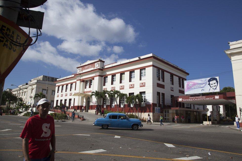 Vista general del centenario Hospital Calixto García, institución médico-docente más antigua y de mayor tradición de Cuba.