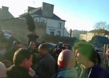 Valls denuncia la bofetada que le dio un joven