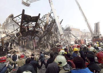 Derrumbe de un edificio en Teherán