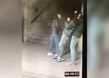 La Policía busca a estos jóvenes tras un atraco violento en el Metro de Madrid
